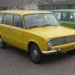 Lada1200-combi-geel